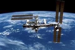 Астронавтов НАСА отправили на работу в открытый космос