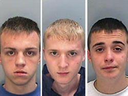 Трое британских подростков осуждены на пожизненный срок за зверское убийство