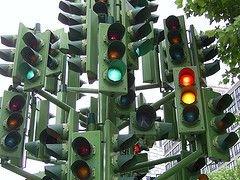 Московские светофоры заработали по-английски