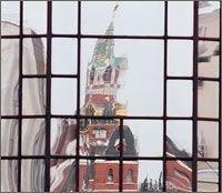 Туристам разрешат снимать Кремль только маленькими камерами