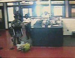 Полицейские окружной тюрьмы во Флориде избили инвалида (видео)