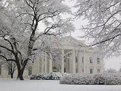 За неуважение к себе со стороны Белого дома конгресс США подает против него судебный иск