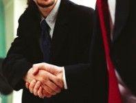 Рукопожатие спасло британцу жизнь