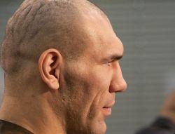 В случае поражения от Сергея Ляховича, Николаю Валуеву, возможно, придется уйти из бокса