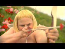 Смешной ролик про День святого Валентина (видео)