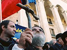 Оппозиция Грузии объявила мобилизацию желающих поголодать