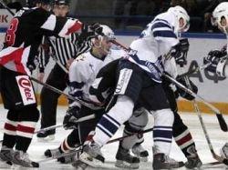 Матч чемпионата России по хоккею завершился скандалом