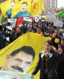 Массовая манифестация курдов, требующих освобождения Абдуллаха Оджалана, прошла в Страсбурге