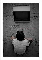 От телевизора дети глупеют и толстеют