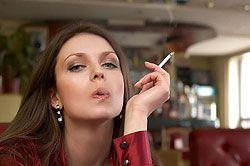 «Затяжная» эпидемия: Россию назвали одной из самых курящих стран мира