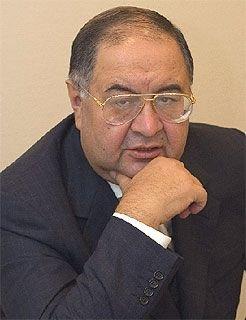Алишер Усманов увеличил долю акций в «Арсенале»
