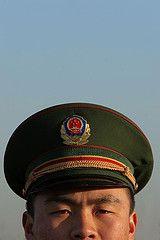 Китайскую армию учат бороться с террористами