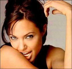 Анджелина Джоли ушла в декрет
