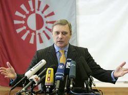 Точечный бойкот: Михаил Касьянов призывает голосовать только на местных выборах