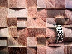 Излучение мобильников влияет на кожу человека