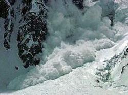 В Северной Осетии лавина разрушила офисное здание ГЭС: двое погибших