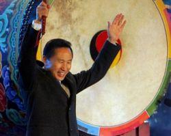 С президента Южной Кореи Ли Мен Бака сняли обвинения в финансовых махинациях
