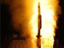 Американская ракета успешно поразила аварийный спутник
