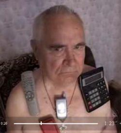Мужчина, который притягивает своим телом предметы (видео)