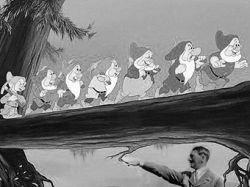 Норвежец нашел нарисованных Адольфом Гитлером персонажей Диснея