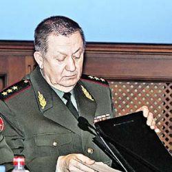 Почему застрелился генерал Виктор Власов?