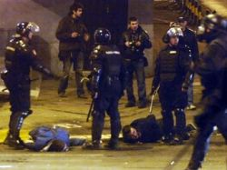 В ходе беспорядков в Белграде пострадали около 150 человек