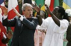 Джордж Буш завершил африканское турне зажигательной пляской