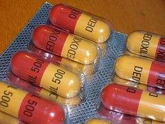 Как правильно принимать антибиотики, чтоб не навредить здоровью