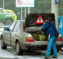 Впервые в России сотрудники автозаправки ответили в суде за некачественное топливо