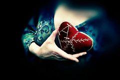 Число сердечных приступов у женщин возросло в три раза