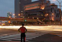 Полицию Тайваня заставят танцевать