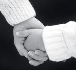 Александр Фельдман поставит барьер судимым иностранцам при усыновлении украинских детей