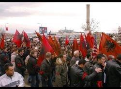 Сербские беспорядки поменяли прописку