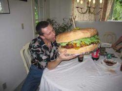 В Мичигане изготовили 60-килограммовый гамбургер