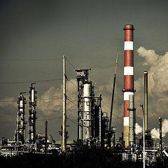 РФ инвестирует в нефтеперерабатывающие предприятия Сербии 900 млн евро