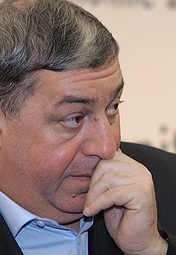 Михаил Гуцериев возвращается в нефть