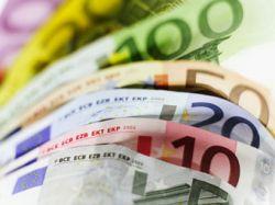 Курс евро впервые превысил 1,5 доллара