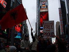 Сербия подаст в суд на США