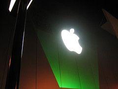 Apple предлагает помощь в переработке мобильных телефонов