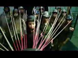 Declare Independence – песня Бьорк (Bjork), из-за которой отменили концерт в Косово (видео)