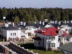 Цена земли на Рублево-Успенском шоссе достигла 300 тысяч долларов за сотку