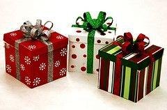 Как выбрать подарок любимой бабушке?