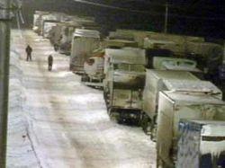 На автотрассе Москва - Челябинск образовалась 70-километровая пробка