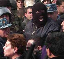 Грозит ли Армении цветная революция?