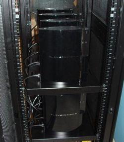 Астрофизик сделал «домашний суперкомпьютер» из 16 игровых консолей