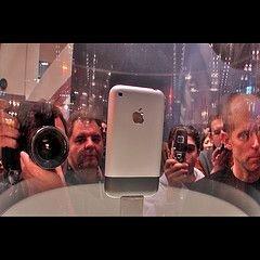 iPhone 3G выйдет в середине 2008 года