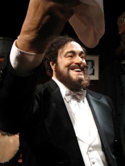 Лучано Паваротти умер с долгами в размере 15 млн долларов