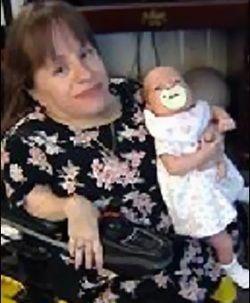 Женщина ростом 70 см родила 45-сантиметровую девочку