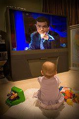Ограничение времени просмотра телевизора помогает сохранить здоровье детей