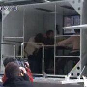 Японцы пустили по стране грузовик-землетрясение